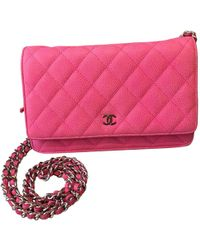 87fb8f3372d9 Chanel - Pre-owned Wallet On Chain Pink Leather Handbag - Lyst