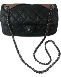 fff25e1fd884 Lyst - Chanel Leather Crossbody Bag in Black