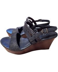 UGG - Pre-owned Leather Sandals - Lyst