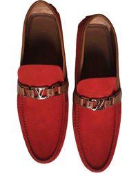 Louis Vuitton Mocassins Hockenheim en Suede Rouge