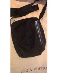 Louis Vuitton Sac en bandoulière nylon noir