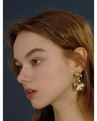 FLOWOOM - Daisy Double Earrings - Lyst