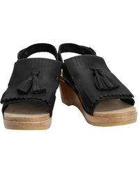 c2b5bfb515c Women s No. 6 Flat sandals