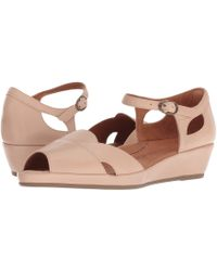 42417883859 L amour Des Pieds - Betterton (nude Capri Kid) Women s Sandals - Lyst