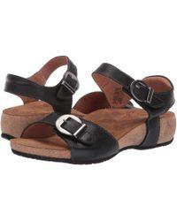 7e33677b01e6 Lyst - Ash Vera Crocodile-embossed Leather Sandal in Black