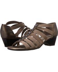 Bella Vita - Paula Ii (navy) Women's Sandals - Lyst