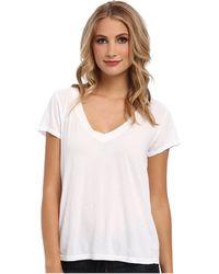 Lamade - Short-sleeve Low V-neck Boyfriend Tee (white) Women's Short Sleeve Pullover - Lyst