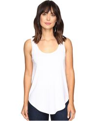 Lilla P - Pima Modal Shirttail Scoop (white) Women's Clothing - Lyst