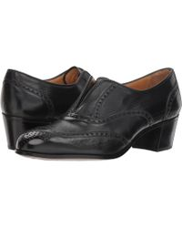 Gravati - Wingtip Pump (black) Women's Shoes - Lyst