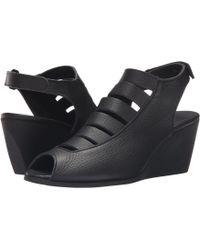 Arche - Egzy (noir) Women's Wedge Shoes - Lyst
