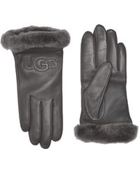 UGG - Classic Leather Logo Tech Gloves - Lyst