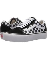4f250e42940158 Vans - Old Skool Women s Shoes (trainers) In Black - Lyst