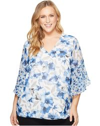 CK Calvin Klein - Plus Size Short Sleeve V-neck With Flare Sleeve Blouse - Lyst