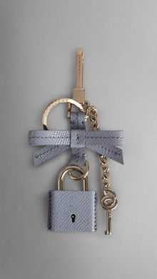 Burberry Patent London Leather Padlock Key Charm - Lyst