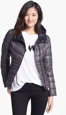 Bernardo Hooded Packable Goose Down Jacket - Lyst