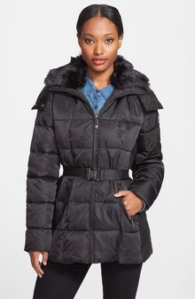 Vince Camuto Belted Puffer Coat With Faux Fur Collar - Lyst
