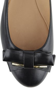 Ferragamo Rubia Leather Flat - Lyst