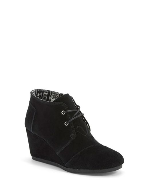 Go for a pair of our comfy black wedge booties in faux suede and have an unforgettable time on the dance floor without your feet giving out too early. When it comes to the women's wedge booties online from JustFab, you can have an epic girls' night out and still feel fresh when it's over.
