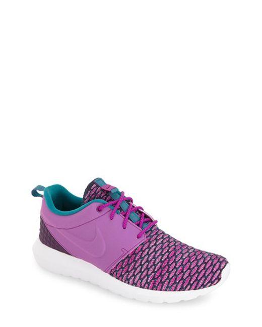 Nike | White Roshe Flyknit Low-Top Sneakers for Men | Lyst