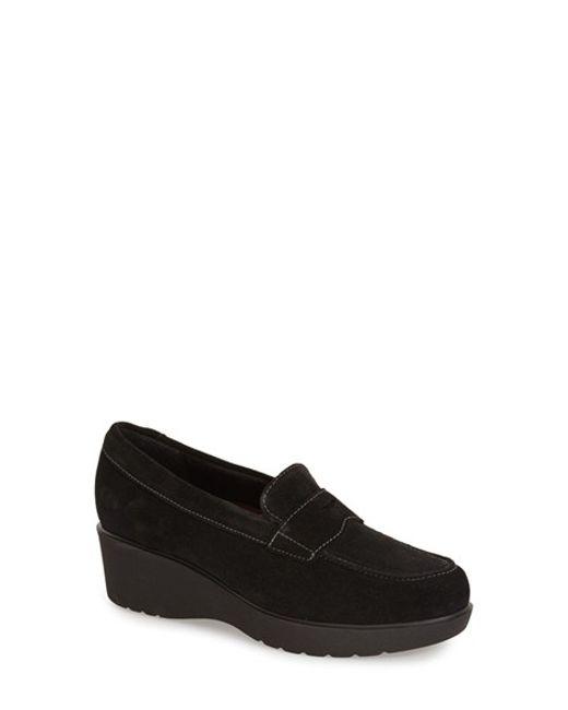 Munro | Black 'katie' Wedge Loafer | Lyst