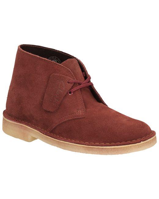 clarks originals low heeled desert boots in brown tabacco