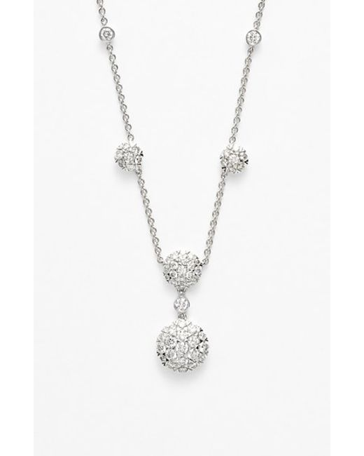 Kwiat | White 'moonrise' Diamond Pendant Necklace | Lyst
