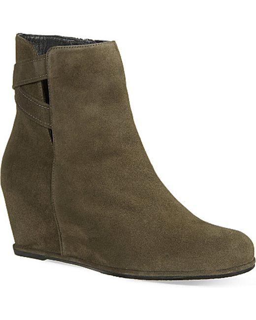 stuart weitzman fitness suede wedge ankle boots in gray