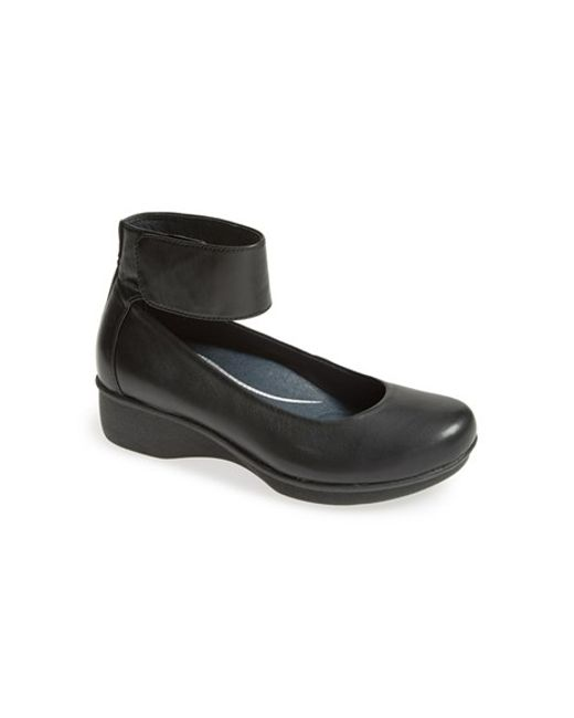 Dansko | Black 'lulu' Mary Jane Flat | Lyst