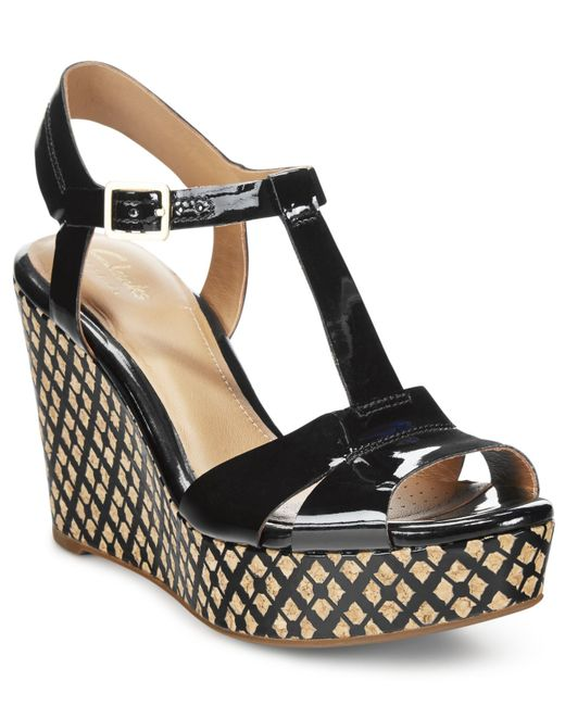 clarks artisan s amelia roma wedge sandals in black