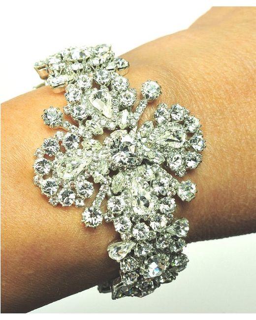 Otazu | White Swarovski Crystal Floral Motif Pendant On Crystal Chain | Lyst