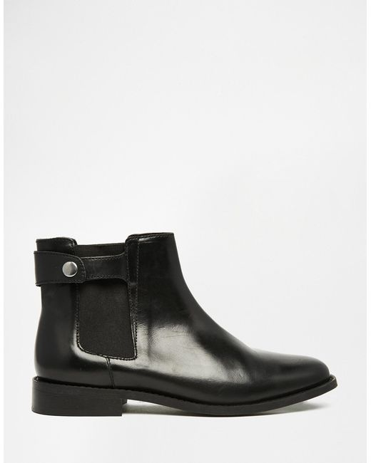faith subaru black leather flat chelsea boots in black lyst