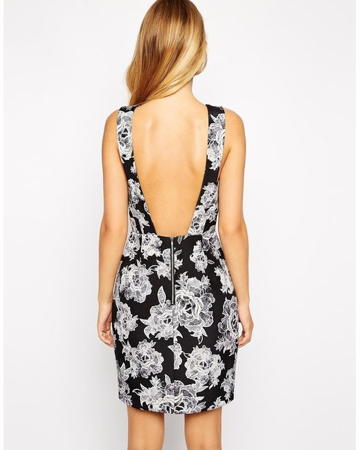 style stalker dress neckline