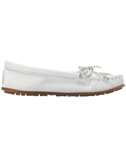 Minnetonka | White Deerskin Beaded Moc | Lyst