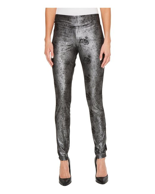 Hue - Black Metallic Microsuede Leggings - Lyst
