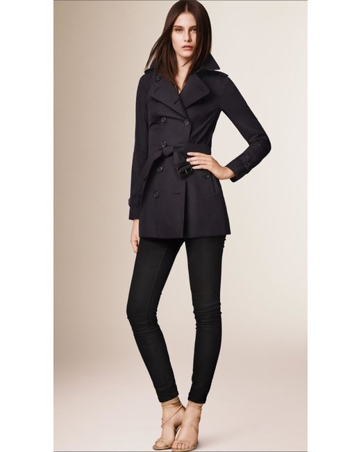 Womens Burberry Sandringham Short Slim Trench Coat