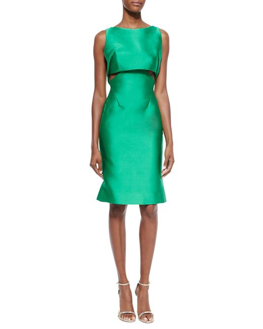 What Color Shoes For A Kelly Green Satin Coctail Dress