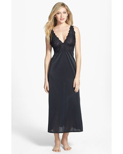 Natori | Black 'aphrodite Zen' Floral Lace Trim Nightgown | Lyst