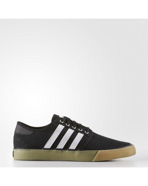 lyst adidas seeley essenziale scarpe in nero per gli uomini.