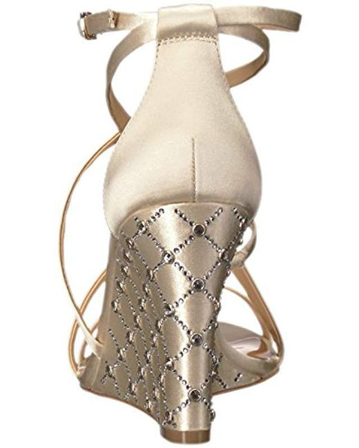 2dfde22f4d7098 Lyst - Badgley Mischka Shelly Wedge Sandal in White - Save 40%