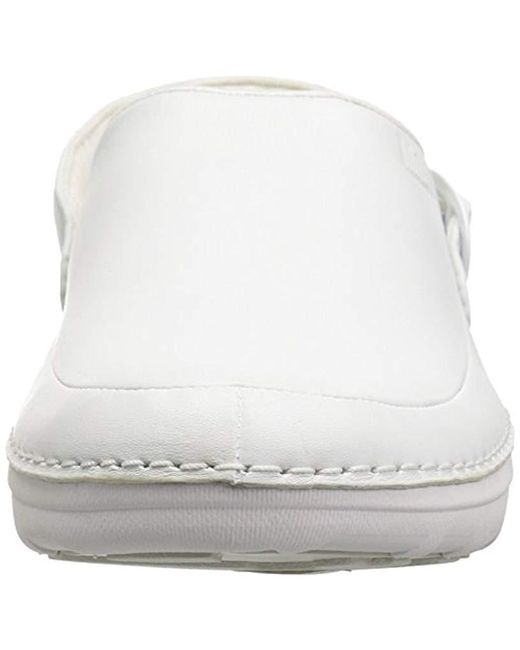 5f68808ed5fe ... Fitflop - White Gogh Pro In Leather Medical Professional Shoe for Men -  Lyst ...
