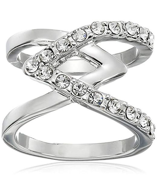 Guess - Metallic Basic Criss Cross With Stones Ring, Size 7 - Lyst