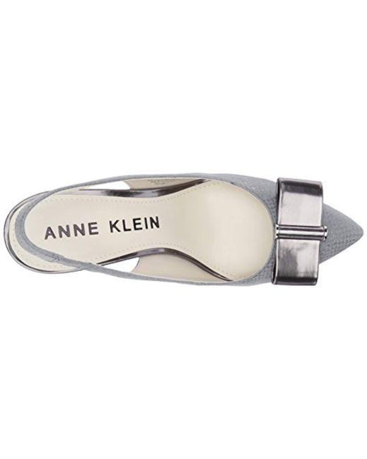 17231901d0e ... Anne Klein - Gray Yannah Leather Pump - Lyst