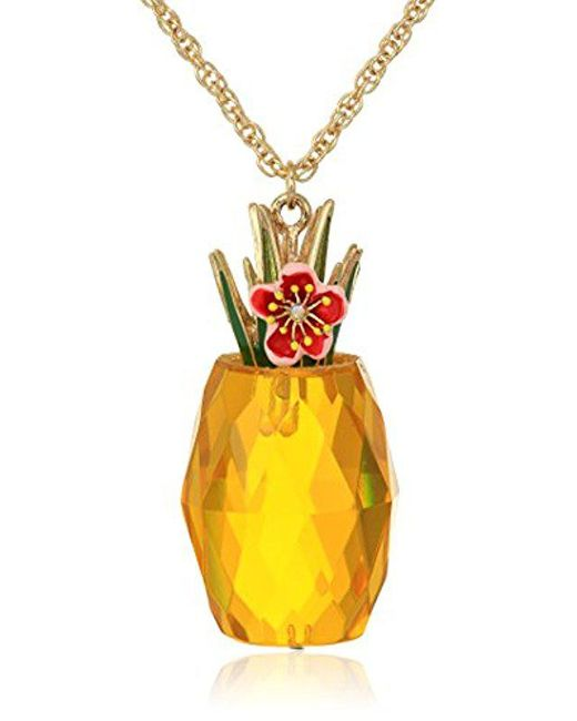 gold listing pineapple il necklace pendant