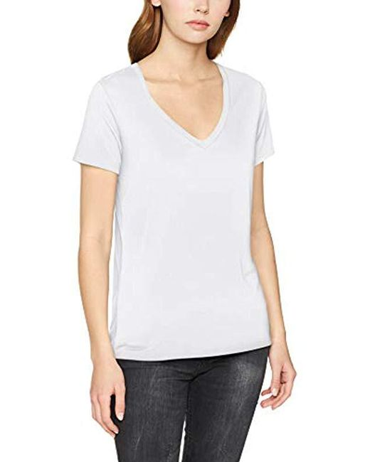 Levi S Essential V Neck T Shirt In White Save 7 Lyst