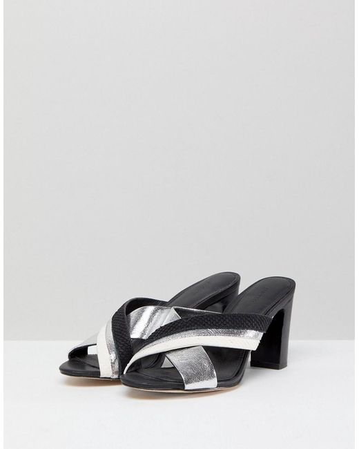 Cross Front Leather Sandals - Black Suncoo KrrzF