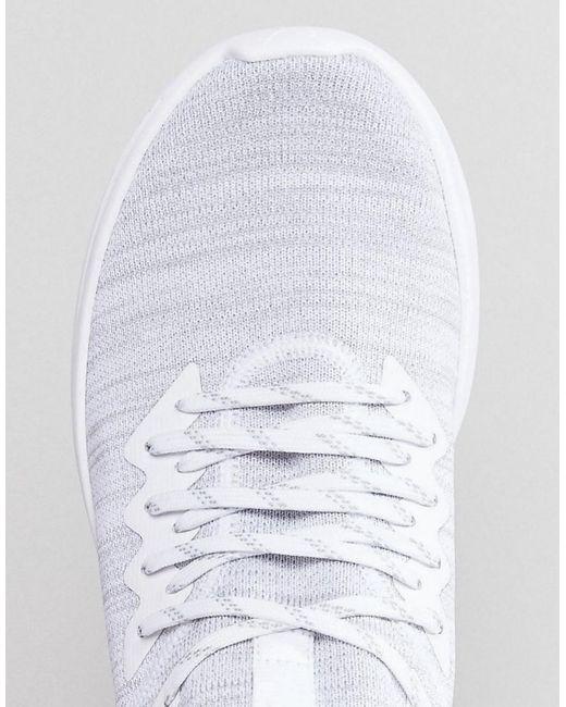Pumas Enflamment Le Flash De Formateurs En Tricot Evo En Blanc 19050803 - Blanc Hv0rxw