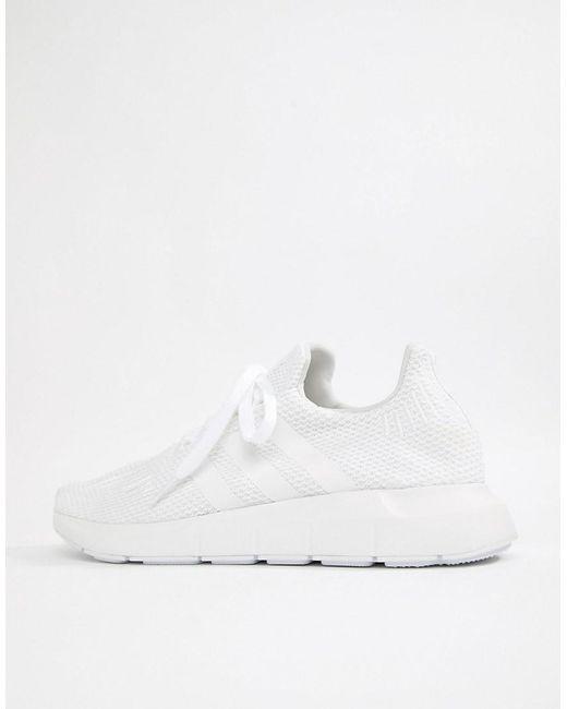adidas originali swift run scarpe bianche b37725 in bianco per gli uomini.