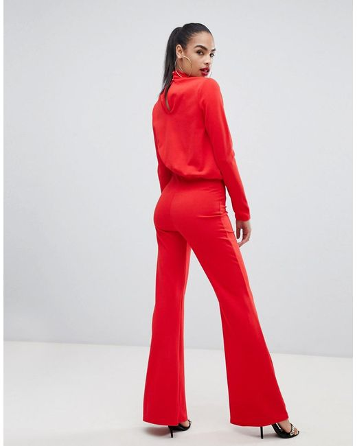 2d49c3e53dc Lyst - PrettyLittleThing Keyhole Cut Out Jumpsuit In Red in Red