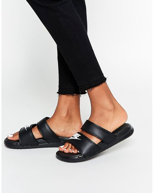 Nike Benassi Duo Flat Sandals In Black Lyst
