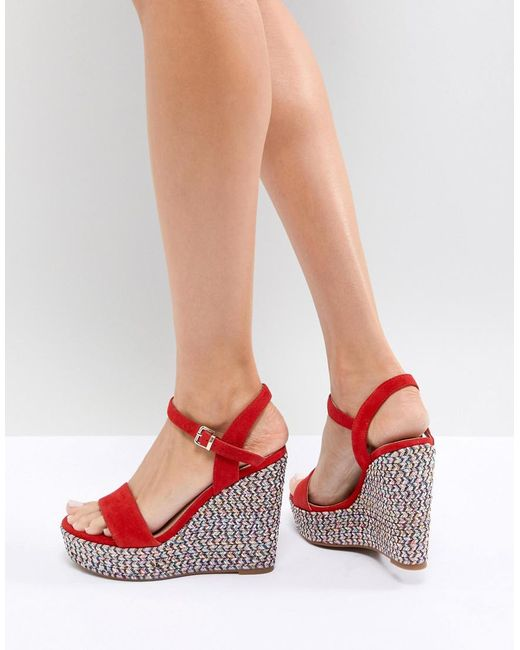 ALDO - Two Part Wedge Shoe In Red With Textured Heel - Lyst
